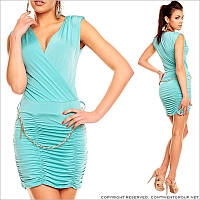 Светло-голубое облегающее платье