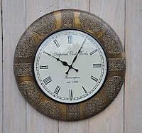 Орнаментований годинник