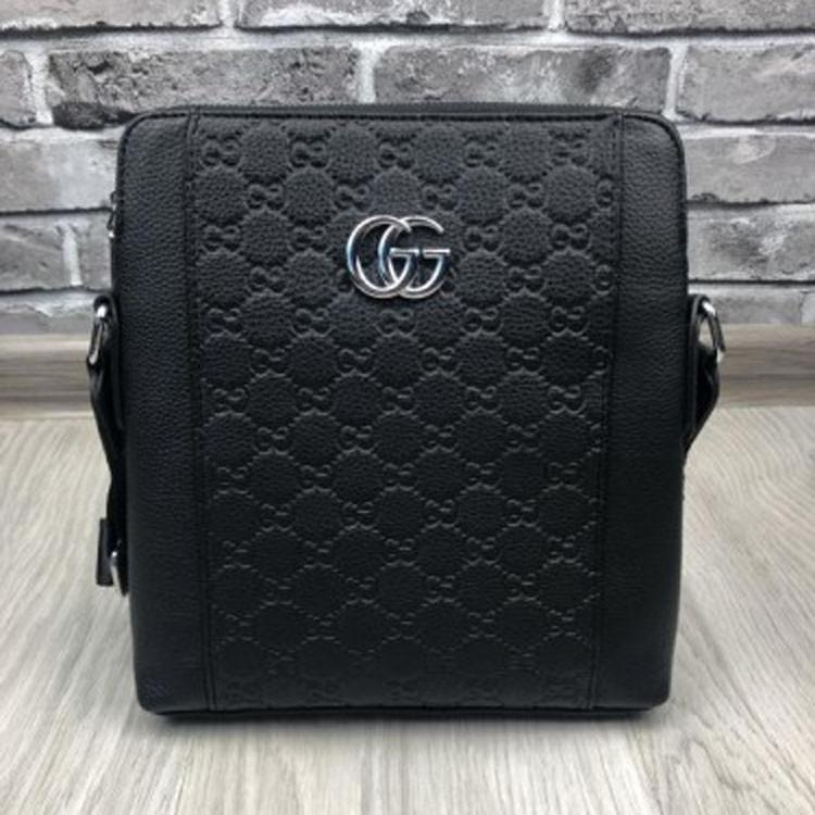 09453696a920 Изысканная женская сумка-планшетка Gucci черная прессованная кожа через  плечо качественная Гуччи люкс реплика -
