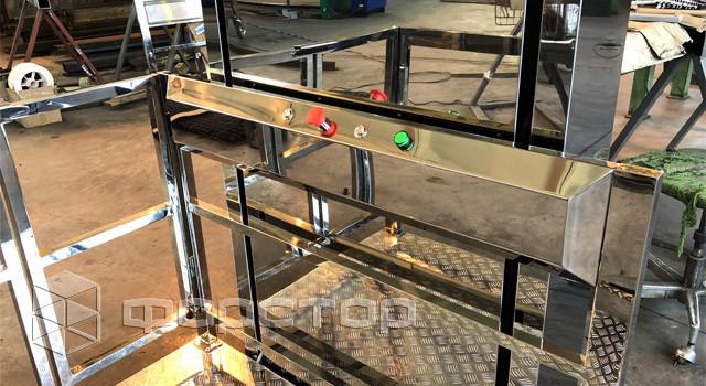 Инвалидный лифт на производстве