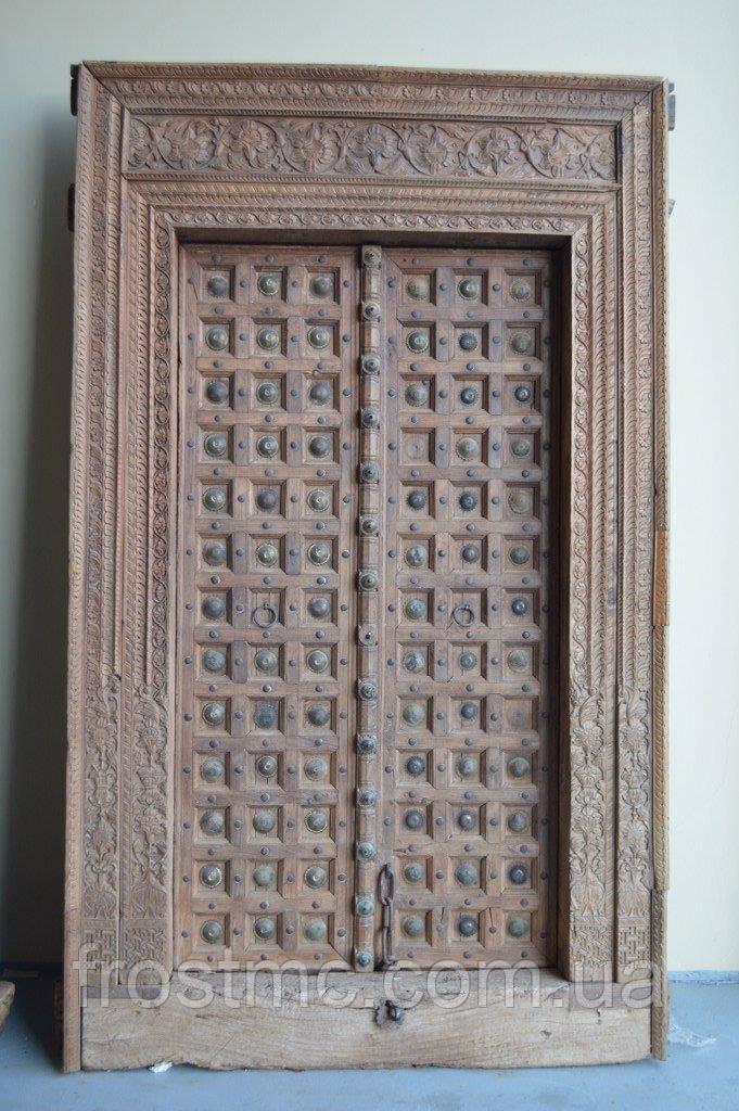 Індійські дерев'яні двері