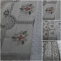 Скатерть ажурная с ручной ленточной вышивкой,120*160 см.