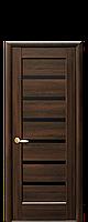 Дверное полотно Линнея Каштан с черным стеклом
