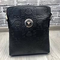 Красивая женская сумка-планшетка Versace черная прессованная кожа через плечо в стиле Версаче люкс реплика, фото 1