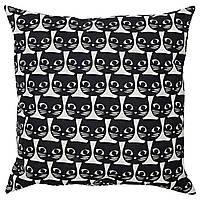 IKEA GERDIE Декоративная подушка, белый, черная кошка  (604.106.31)