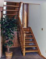 Лестницы на заказ в Харькове из массива дуба