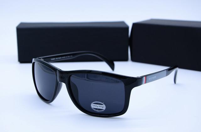 Солнцезащитные очки Tommy