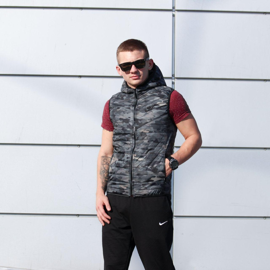 Жилетка мужская Nike весна\осень (камо)