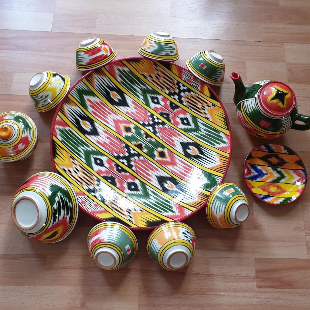 Шикарный узбекский сервиз ручной работы  из г. Риштан, 12 предметов. Узор Адрас (атлас) Икат.