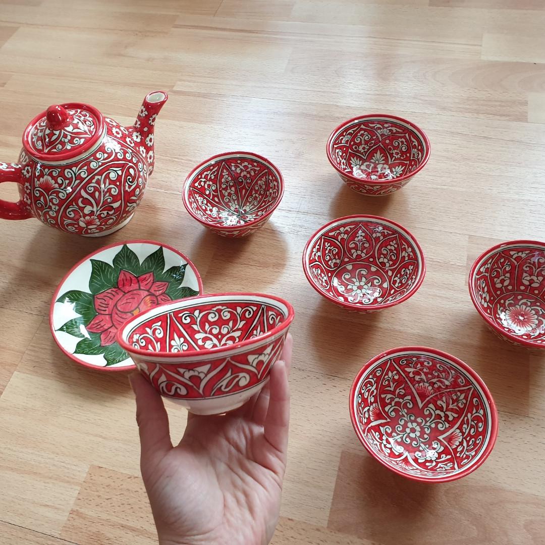 Узбекский чайный сервиз из 8 предметов, Риштан, ручная работа.