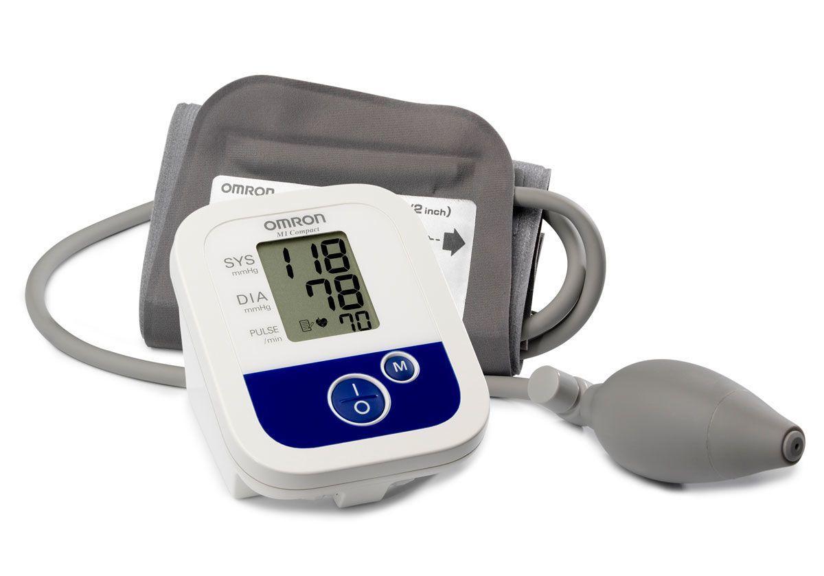 Измеритель электронный артериального давления на плече Omron M1 Compact (HEM-4022-E)