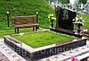 Монтаж искусственной травы на кладбище