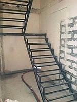 Каркас лестницы. П-образный каркас с поворотом 180 гр под зашивку деревом., фото 1