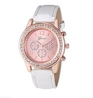 Часы женские Geneva с белым ремешком