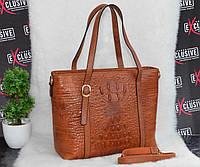Женская кожаная сумка рыжая с принтом крокодил