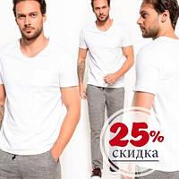 Белая мужская футболка De Facto / Де Факто с карманом на груди и V-образной горловиной, фото 1