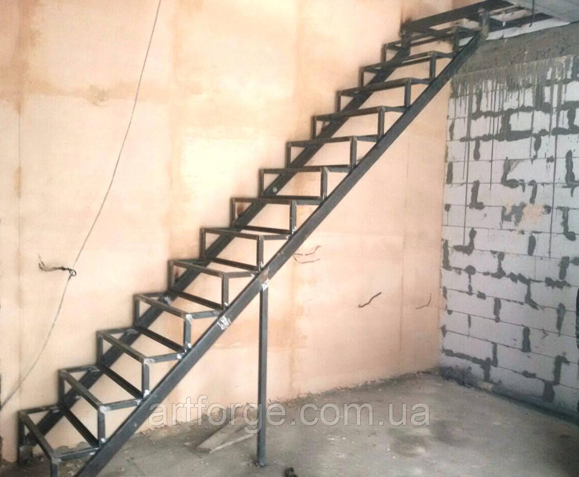 Каркас лестницы под зашивку. Прямая лестница