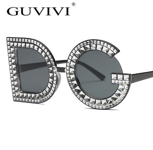 """Черные солнцезащитные очки в виде букв """"DG"""""""