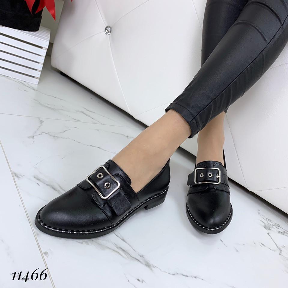Кожаные черные туфли лоферы женские