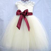 Сукні для випускних в сад і молодшу школу