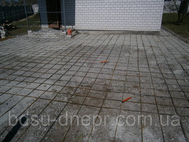 Арматура в бетоне