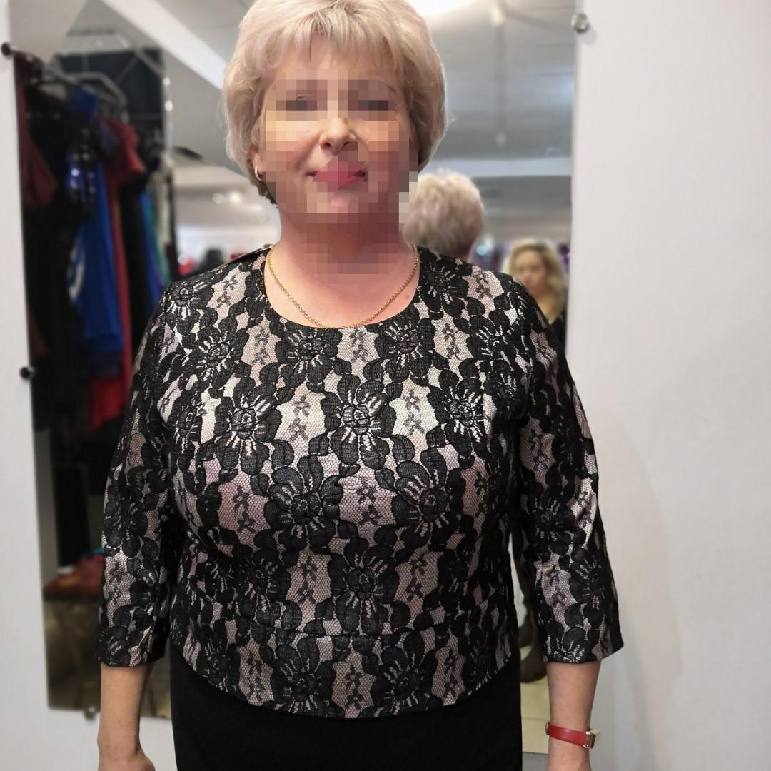 Кружевное платье из ждерси и французкого кружева на пудровой подкладке.58- 60 размеры батал