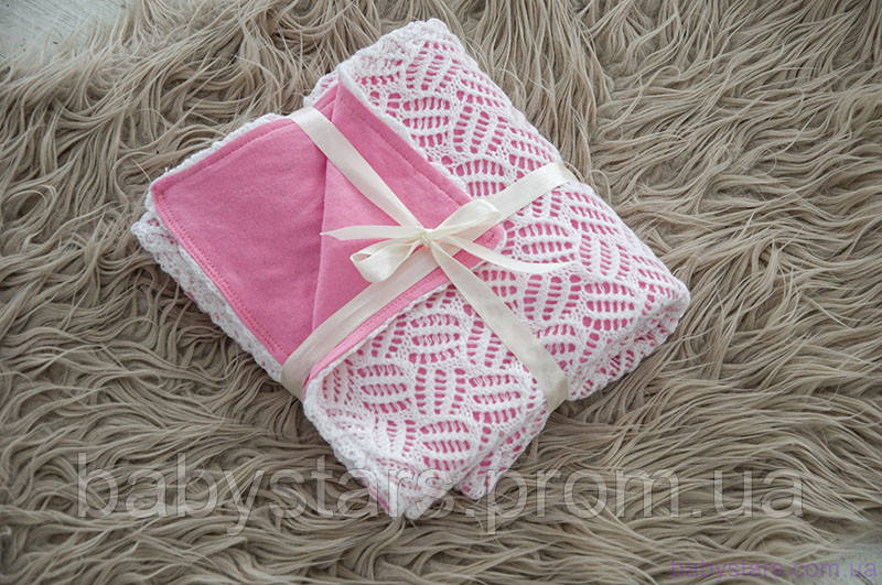 Плед ажурный вязаный на трикотаже, цвет розовый
