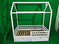 Кроватка домик с горизонтальным бортиком с ящиками, белого цвета, 160*90