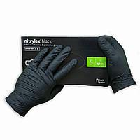Нитриловые перчатки черные неопудренные NITRYLEX, 50 пар в упаковке, размер — S