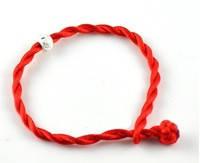 Красная нить с бусиной Пандора