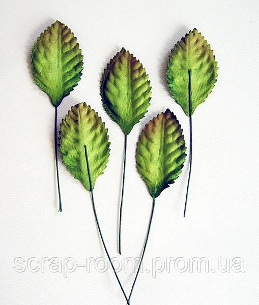 Листочки бумажные зеленые со стебельком, листья зеленые на стебле, бумажные листочки, листочки бумажные