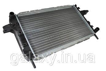 Радиатор охлаждения Ford Sierra OHC Форд Сиерра THERMOTEC 1.6 1.8 2.0