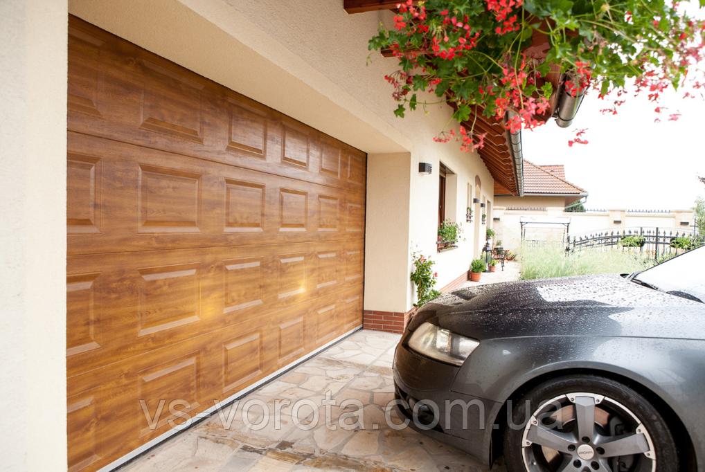 Ворота роллеты для гаража GANT Чехия, гаражные размер 3200х2000 мм