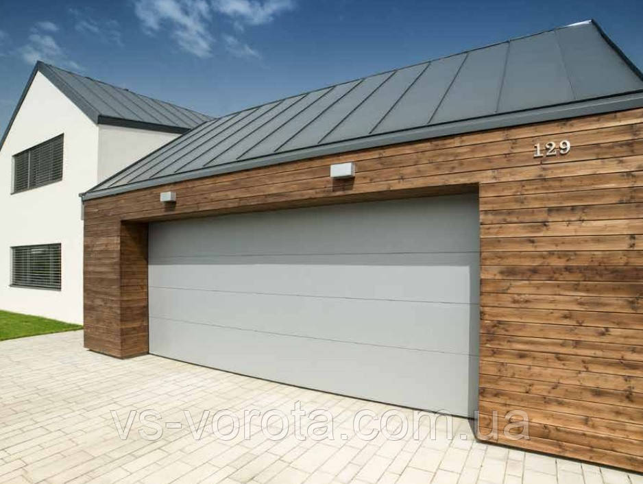 Ворота Doorhan RSD 02 размер 3300х2200 мм - гаражные секционные Чехия