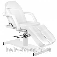Косметологическое кресло с подставками для ног