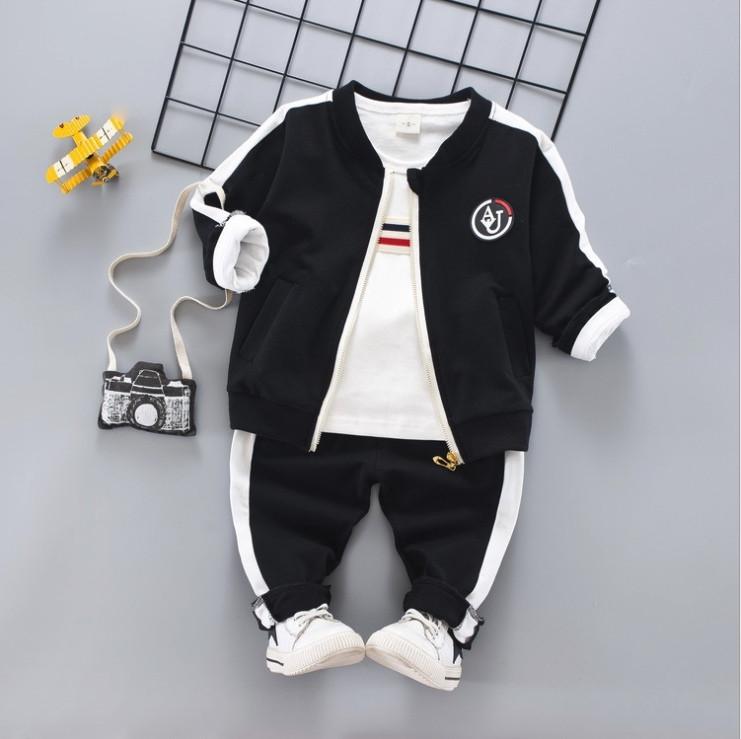 Стильный спортивный костюм тройка на мальчика весна-осень  черный  1-4 года