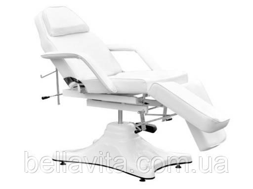 Крісло косметологічне з підставками для ніг