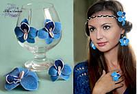 """Комплект украшений """"Голубые орхидеи"""" из полимерной глины."""