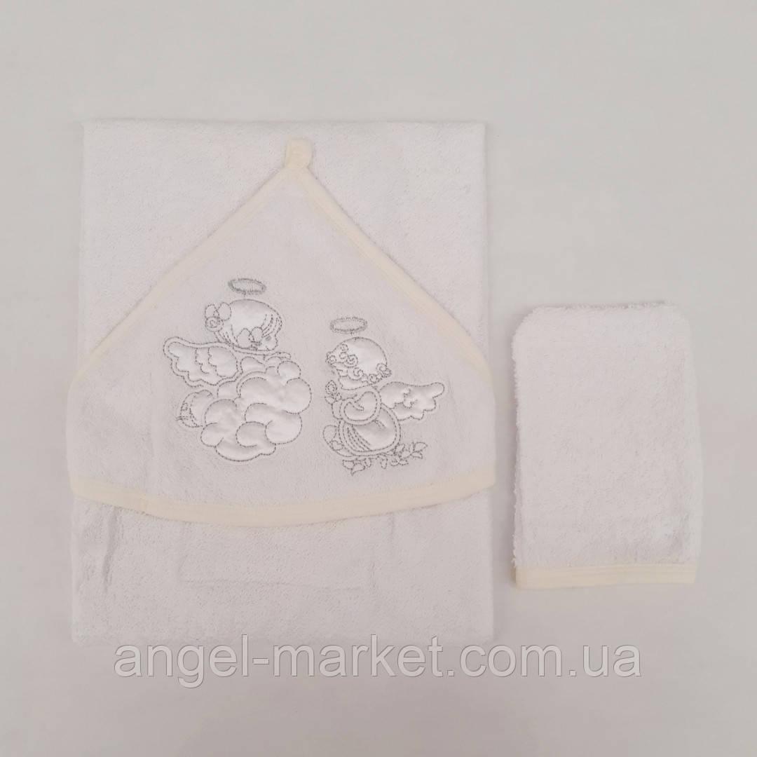 Махровое полотенце и рукавица