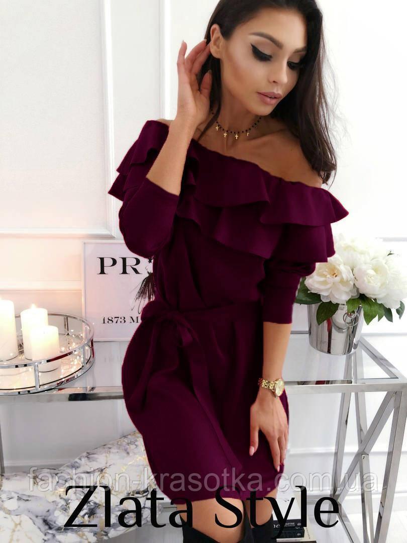 Модное женское платье с воланом,размеры:42-44,46-48.