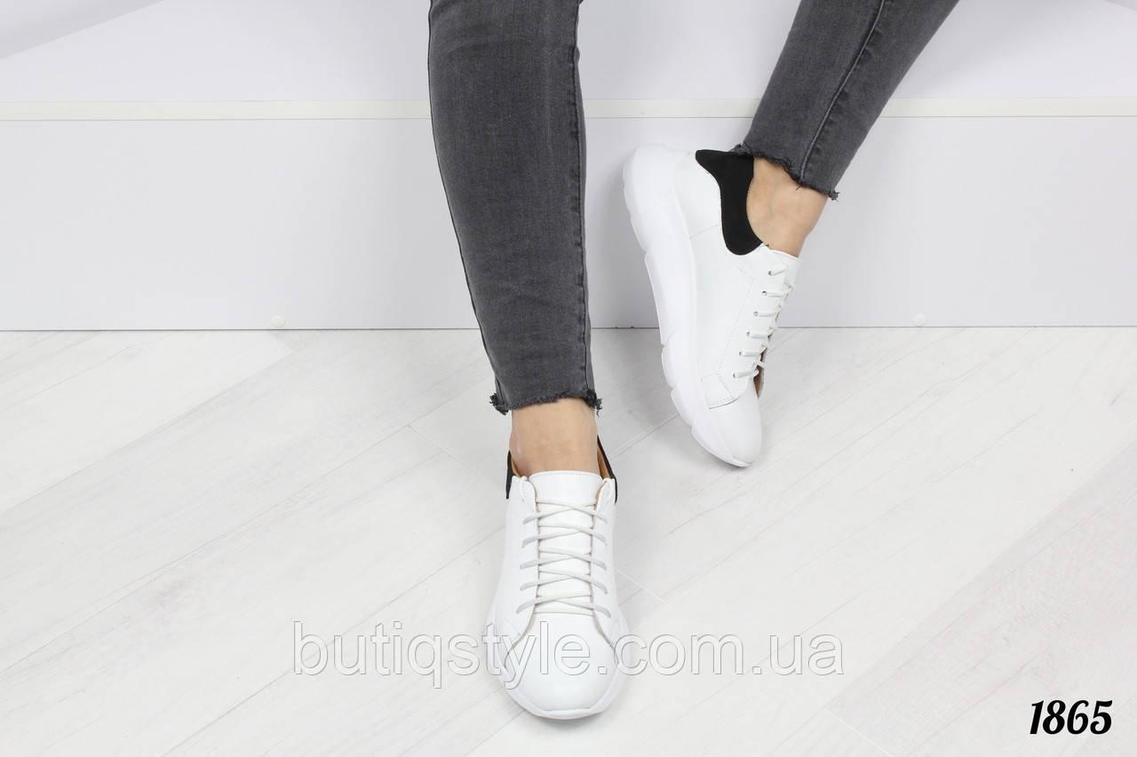 Кроссовки женские белые с черной пяточкой  A .MQ на платформе,  натуральная кожа