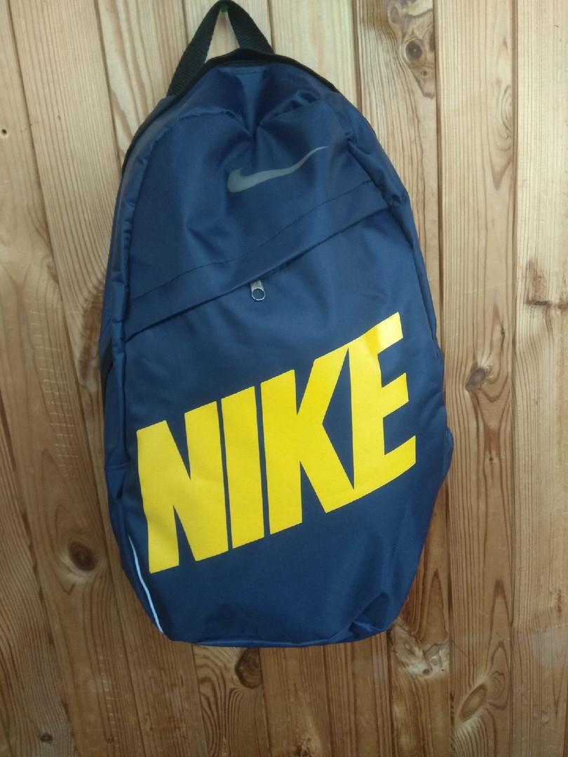 Рюкзак Nike, очень практичный и удобный (реплика)