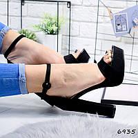 Женские модные босоножки на каблуке VladiStyle черные