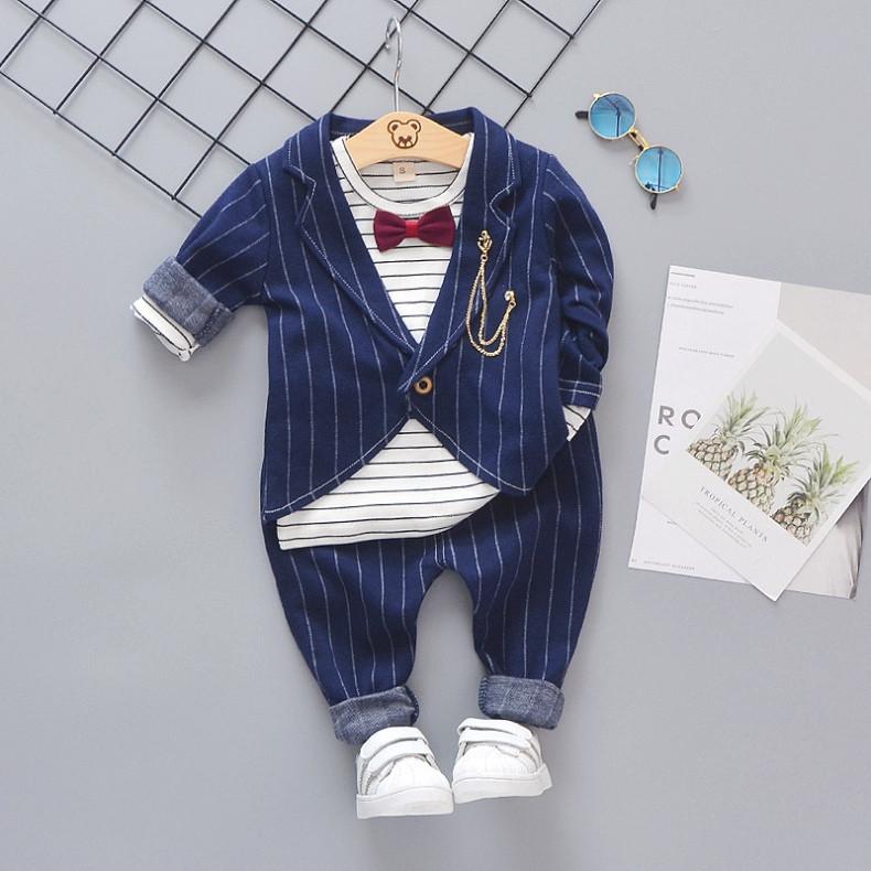 Нарядный костюм тройка на мальчика синий в полоску с бабочкой 3-4 года