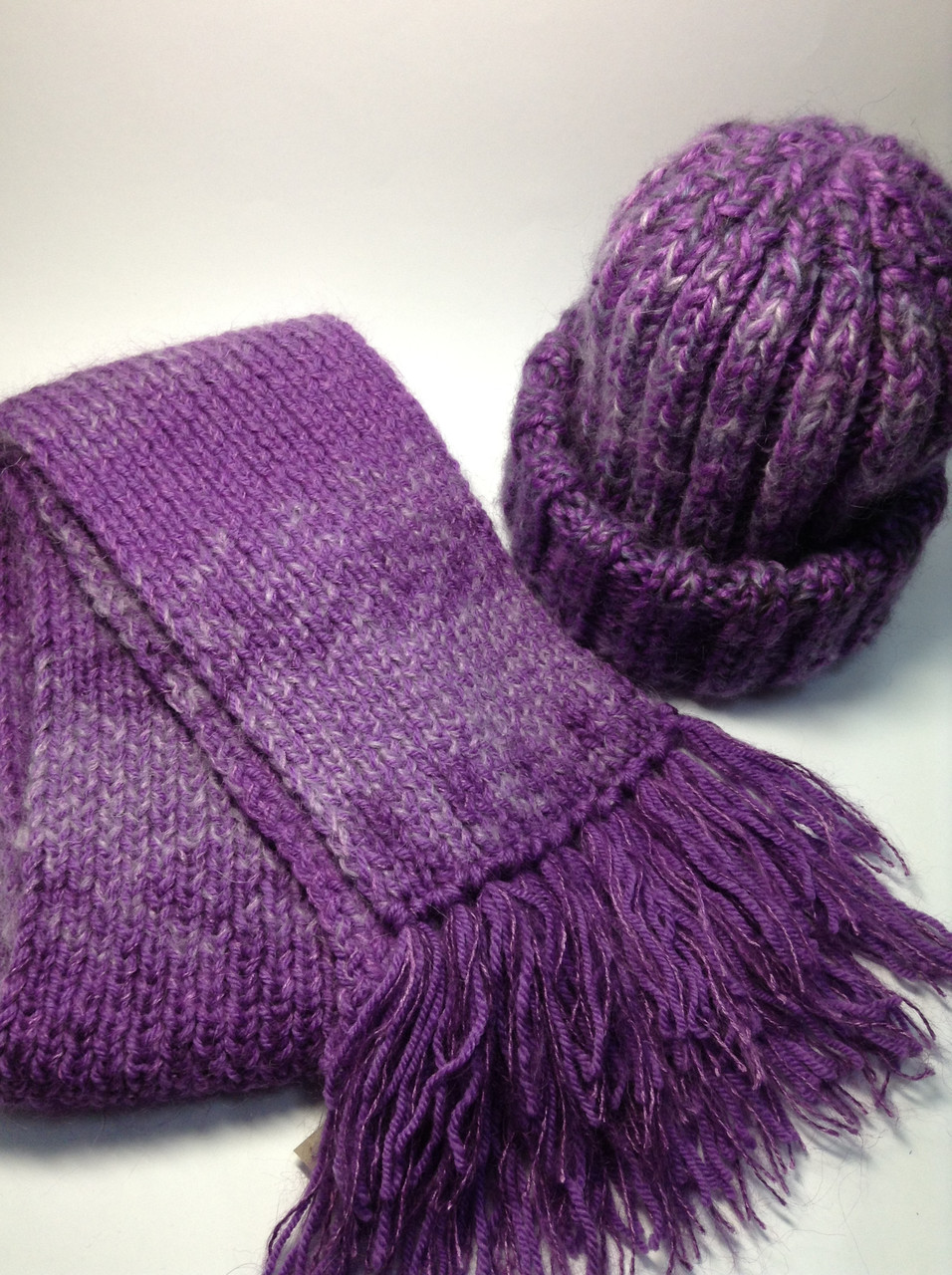 Шапка и шарф (60% шерсть, мохер)