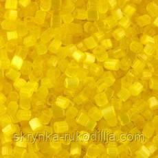 Бісер чеська рубка 85011 сатин жовтий, розмір 10/0 (упаковка 50грам)