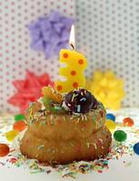 Свеча-цифра для торта в горошек 3