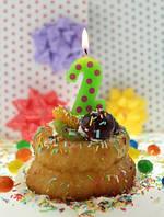 Свеча-цифра для торта в горошек 2