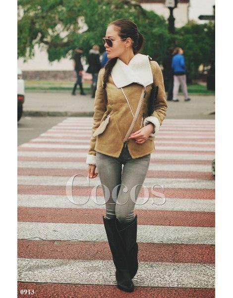 Куртка коротка коричнева