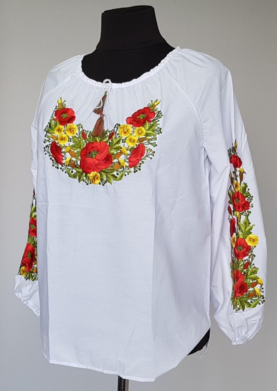 Прекрасная вышитая женская блуза